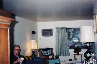 Bob & Marge's apartment 1999