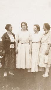 Zora Iowa Rodgers, Grace Hook, Nellie Hook, Josephine Rodgers