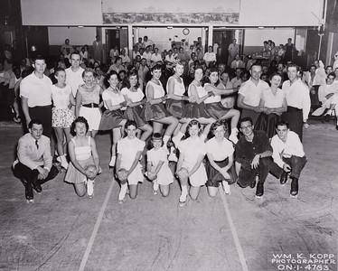 Zoe, bottom row, third from the right.