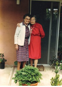 Bette Bradbury Applegate and Aunt Mary Carroll