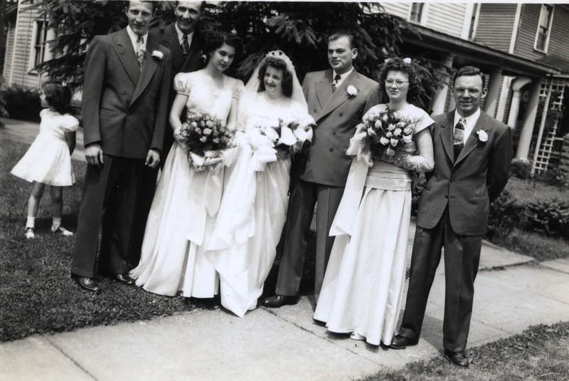 Patty Lupo, Bob Ericson (Best Man), Vernon Nord (Usher), Doris York, Janet Edberg, Bob Baldwin, Patricia, Elwin - June 6, 1948