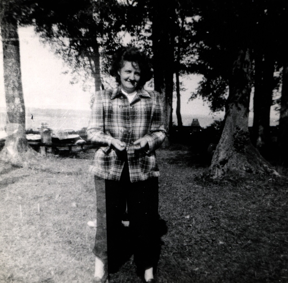 Patty at Loomis Cabin, 1948