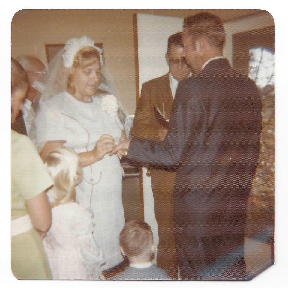 Janet (Joe McDonald's sister - our Aunt), Amos Hitfelder, Troy, Charity, Mary Lou, Oscar