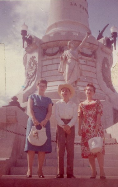 Billie, Jimmy, Barbara - Juarez, Mexico - August 1959