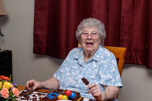 Mom's 89th Birthday - July 2016