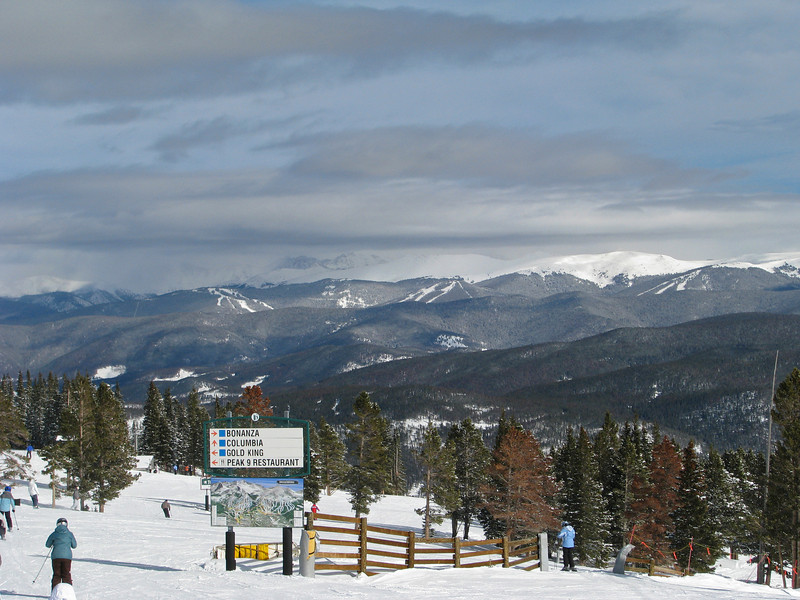 Breckenridge_w_Keystone_foreground_0057