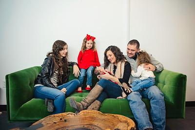Montemayor Family Portrait 2018 033