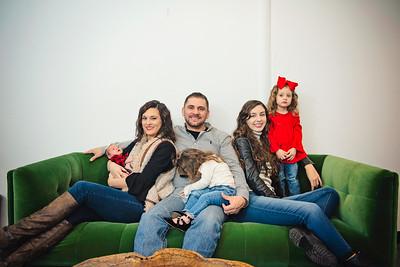 Montemayor Family Portrait 2018 014