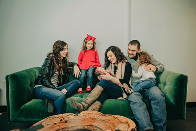 Montemayor Family Portrait 2018 033 - DT