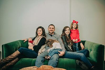 Montemayor Family Portrait 2018 014 - DT