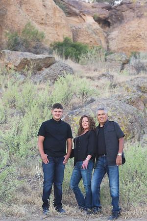 Montoya Family 2020-4
