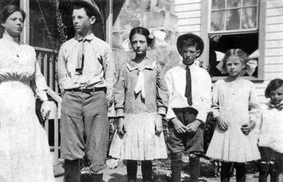 THE REID CHILDREN - 1908 Magdalene, Tillman, Ruth, Rupert, Gertrude, and Addison Reid