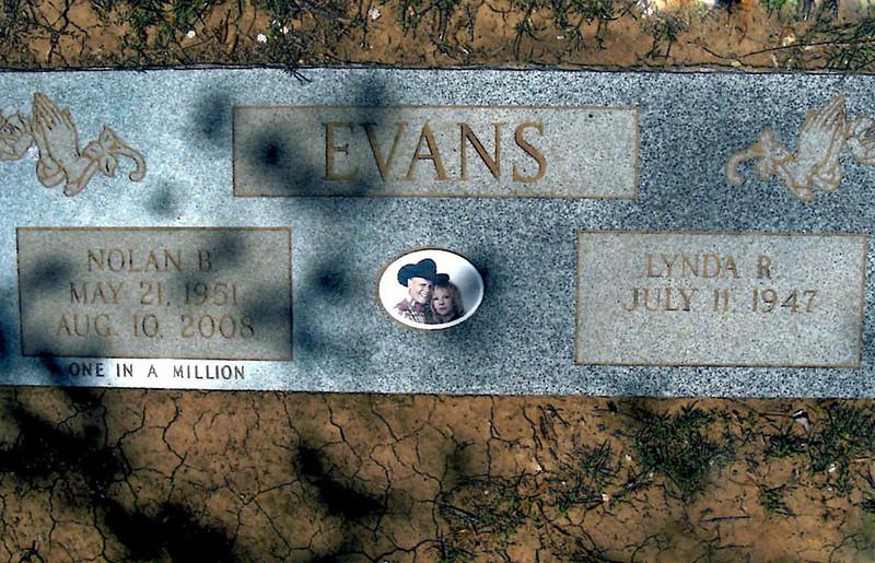 EVANS, NOLAN BURL Jr and LYNDA R