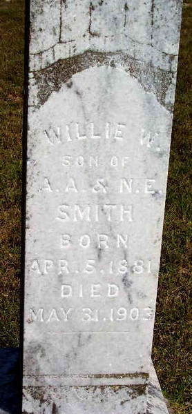 SMITH, WILLIE W<br /> Apr 5, 1881 - May 31, 1903