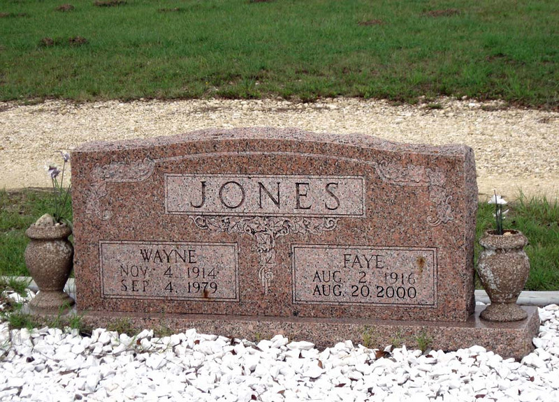 JONES, WAYNE and FAYE<br /> Senterfitt Cemetery, Lometa, Texas