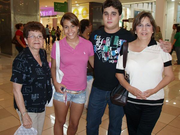 Mort and Judy's Panama - June, 2009