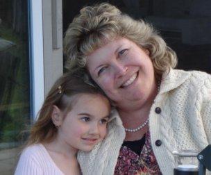 Mia and grandma Loise