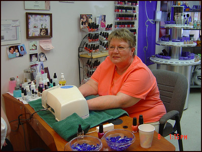 Donna's_Mother's_Day_Manicure_Dries