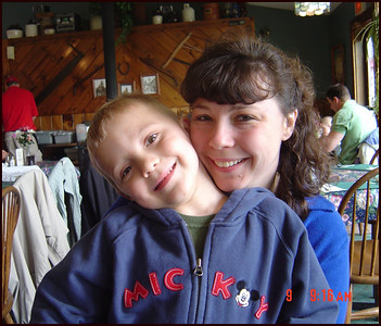 Ty_and_Mom_on_Mother's_Day_Lakeside_Restaurant