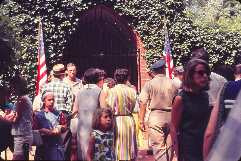 Entering Mt. Vernon (1965)