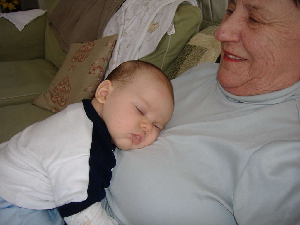 072 Comfy with Grammy