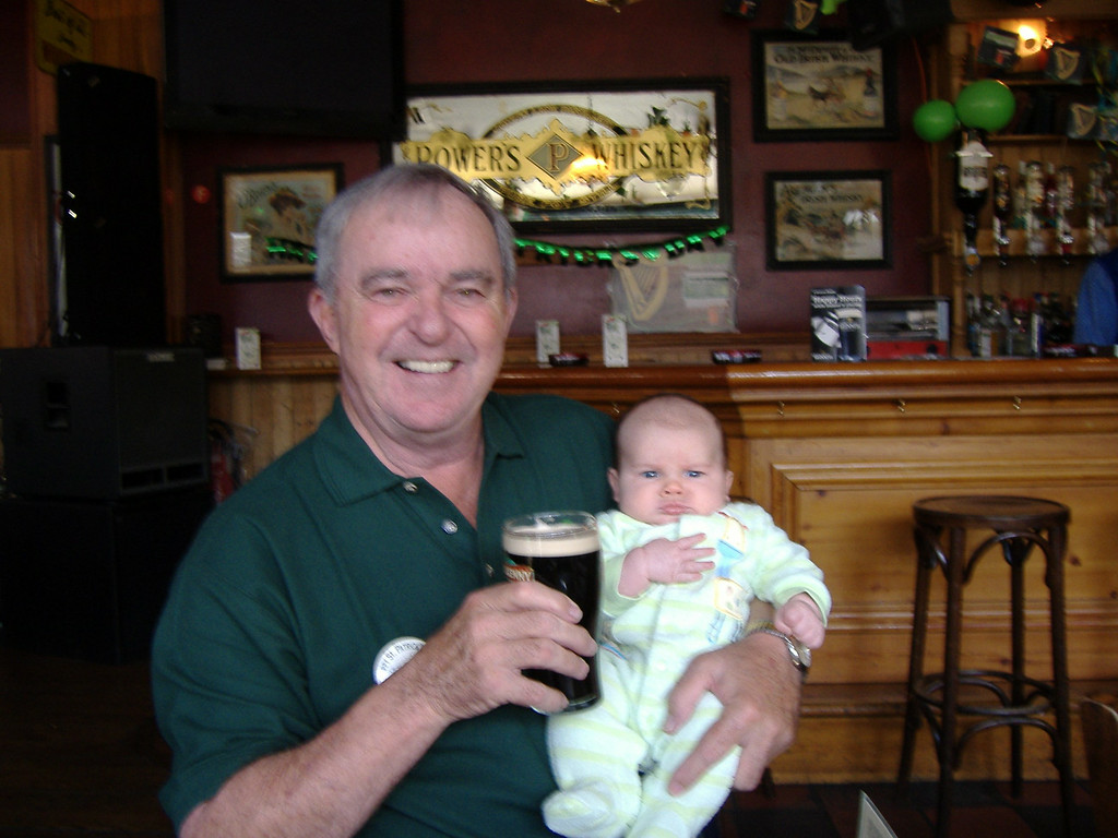 059 Paw-Paw & Jack in Paddys