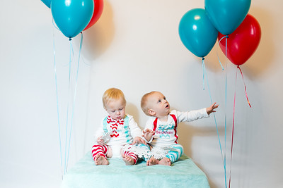 2015Dec9-MurffBabies-OneYear-Twins-011