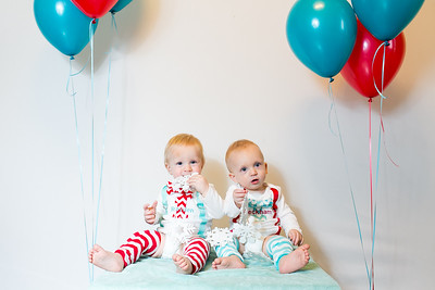 2015Dec9-MurffBabies-OneYear-Twins-014
