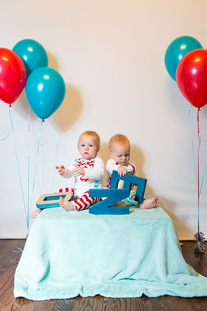 2015Dec9-MurffBabies-OneYear-Twins-008