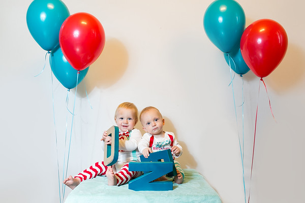 2015Dec9-MurffBabies-OneYear-Twins-009