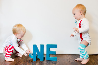2015Dec9-MurffBabies-OneYear-Twins-016
