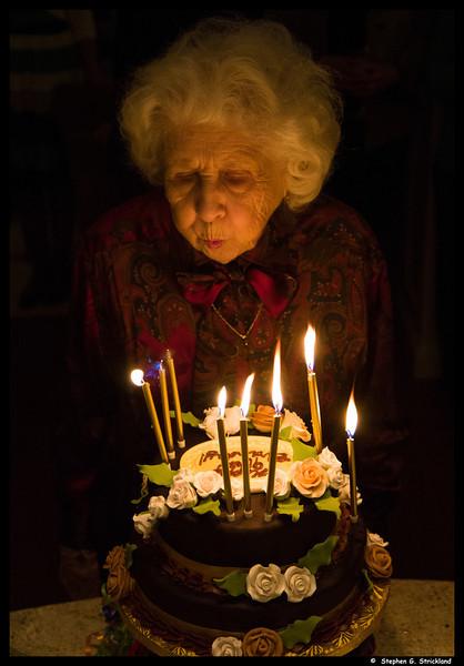 20140329-Muriel-90th-Birthday-395