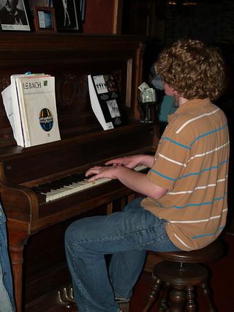 Seth playing piano at McCoole's '08