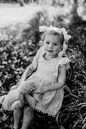 00005©ADHPhotography2020--MUSTION--Family--October14bw