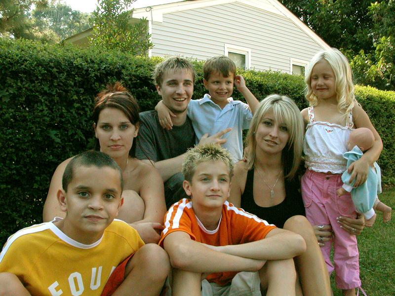 MaTT, LuC, JeSSa, Summie, JuTT, BraDy, & KaiLyn