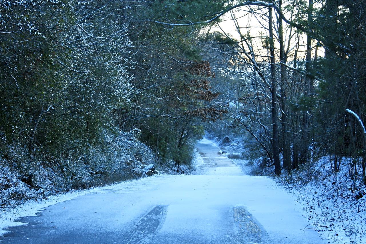 Thunder road w/snow