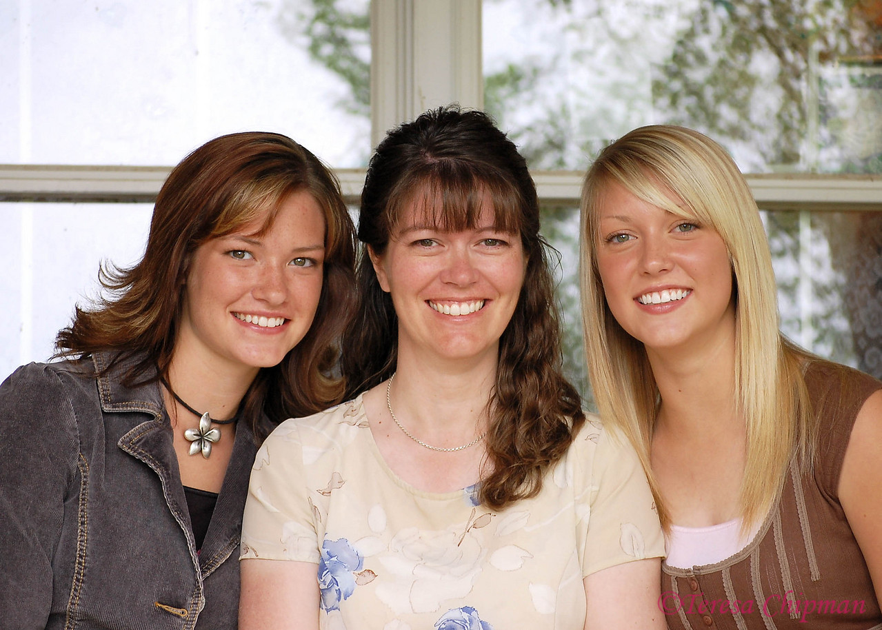 Ariel, Teresa and Katrina Chipman - Big Sandy, Montana