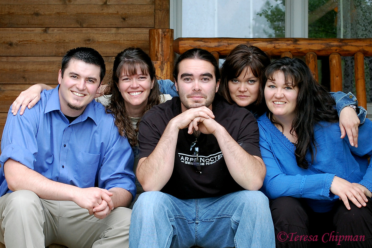 Rare family photo - Michael Lake, Teresa Chipman, David Lake, Amy Ward, Michelle Beck - Big Sandy, Montana