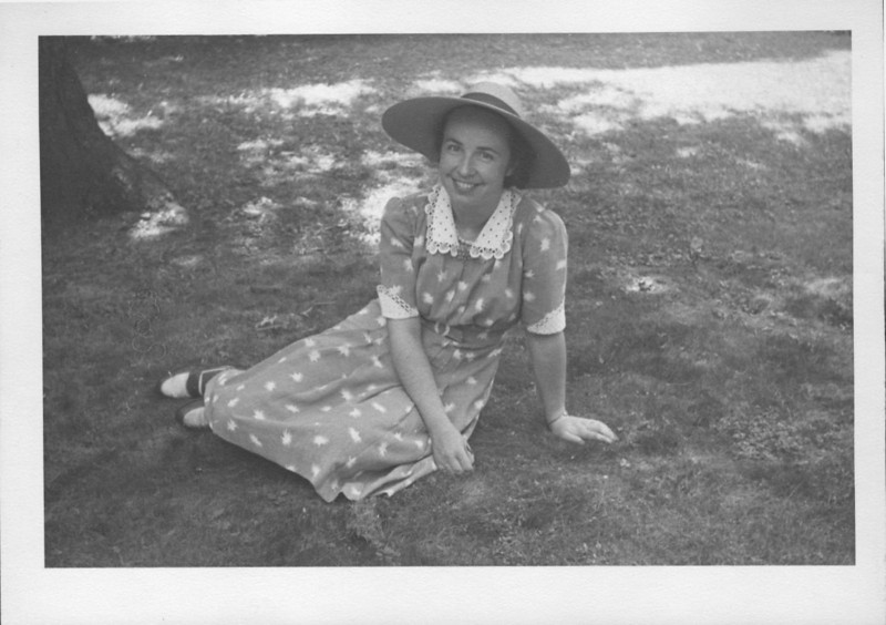 Eugenia Josephine Breeze visiting Uncle Victor Hawkins home in Jonesville, MI