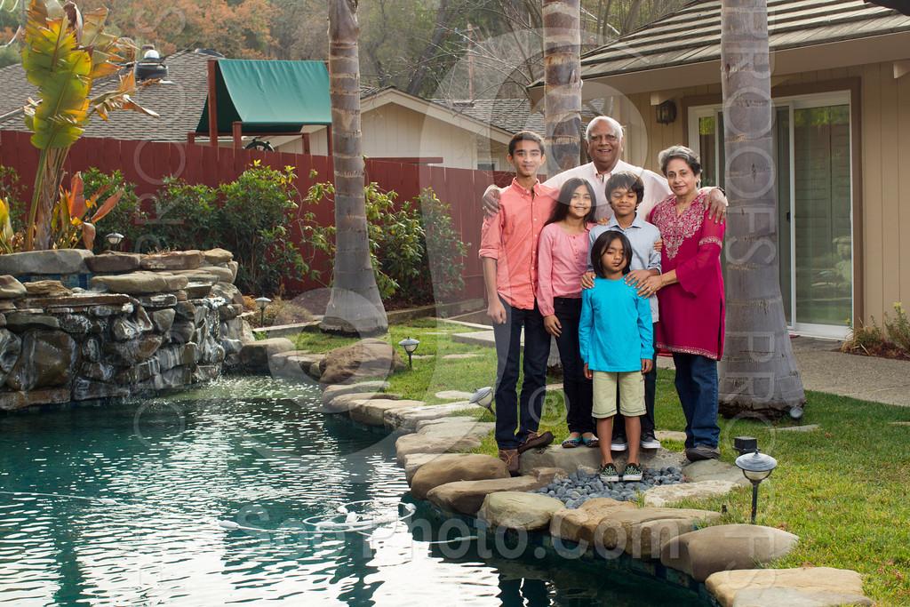 2013-12-31-natarajan-family-1337