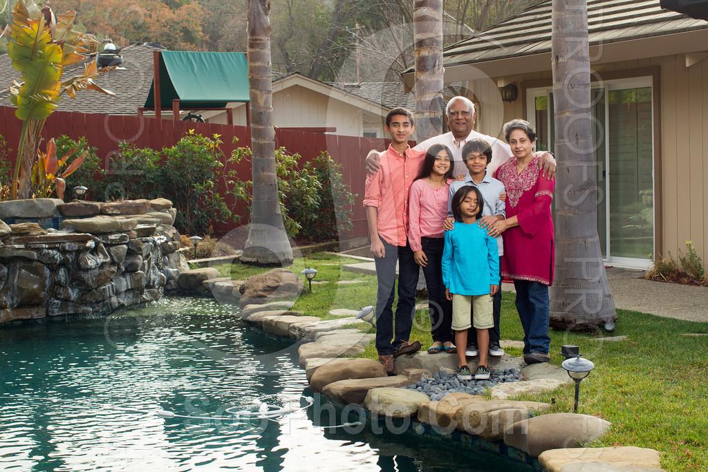 2013-12-31-natarajan-family-1338