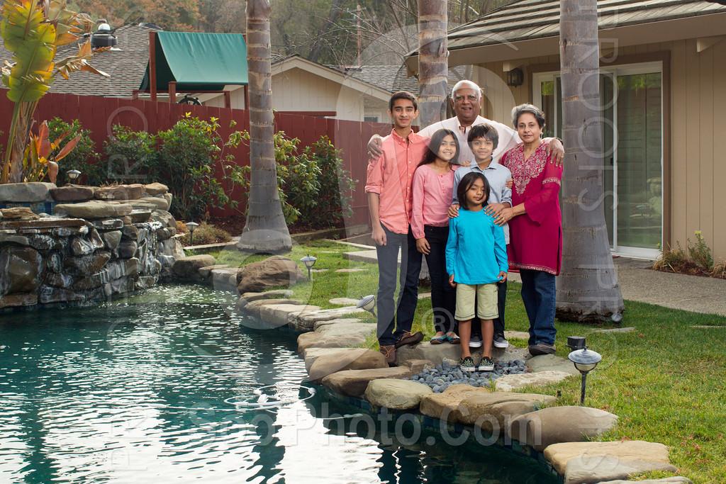 2013-12-31-natarajan-family-1339
