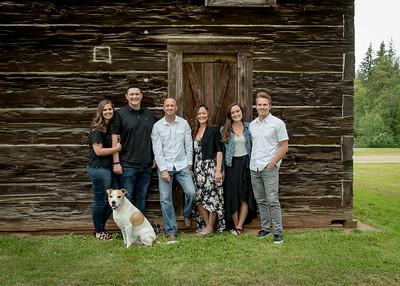 Nayomi Landis and Family