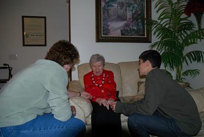Louise & Nellie & Jeff-Dec 2010_5616