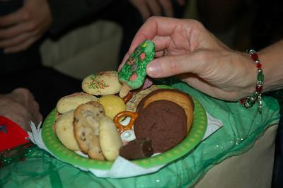 Homemade cookies for Grandma-Dec 2010_5625