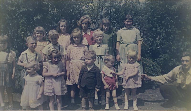 Neufeld Grandkids June 1954