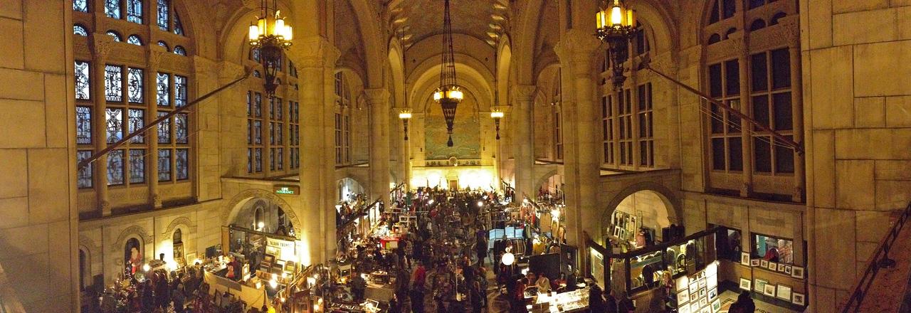 Brooklyn Cathedral Flea Market, pano