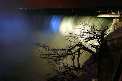 Niagara Falls-Peek'nPeak