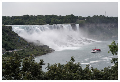 American falls seen from the Canadian side