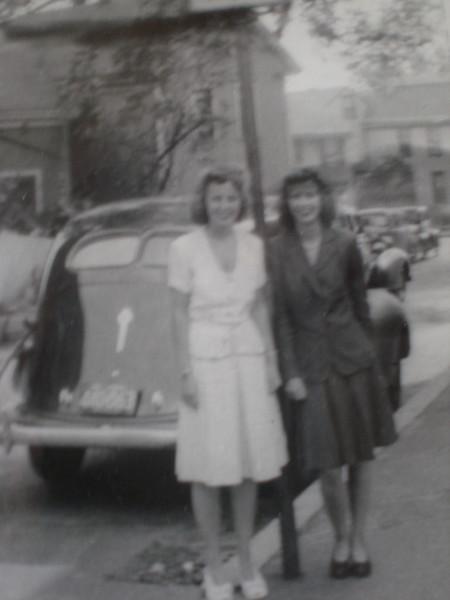 Eleanor & Jean Nicholson